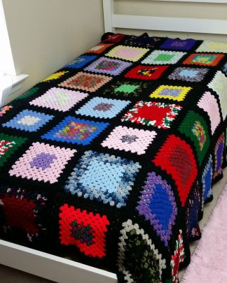 Vintage Hand Crochet Granny Square Afghan Blanket Throw 90 x 67 Roseanne Big Bang Theory Style Afghan